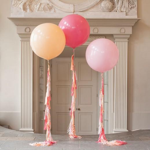 Композиция из 3х шаров с гелием, 1 м с бахромой